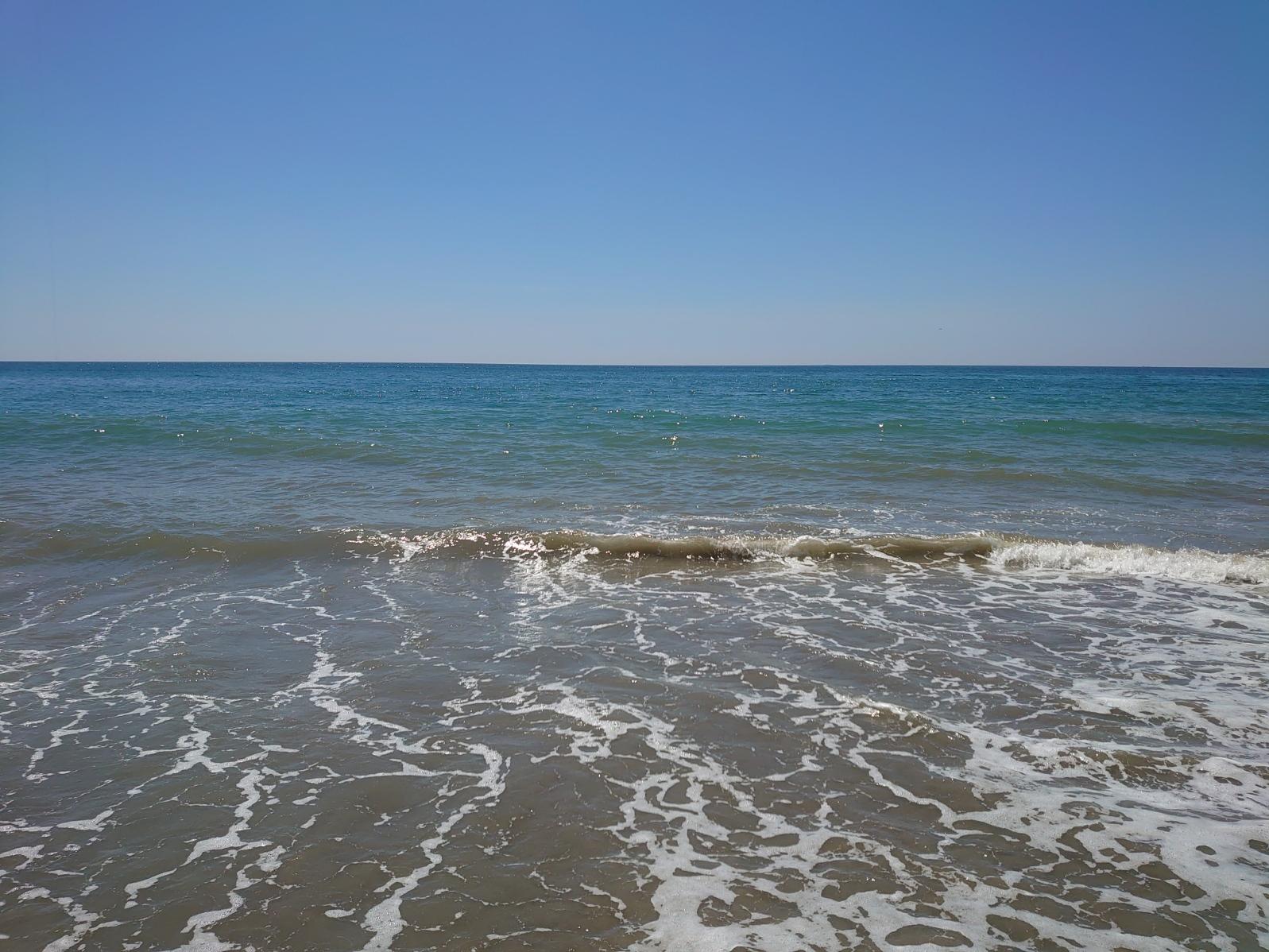 風も波も無く穏やかな海